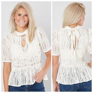Coco + Jaimeson NWT lace peplum blouse Med